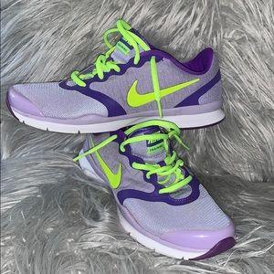 Nike women's cross trainer